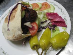 8_falafel_sandwiches_one_per_person_333233393333_84_coupon